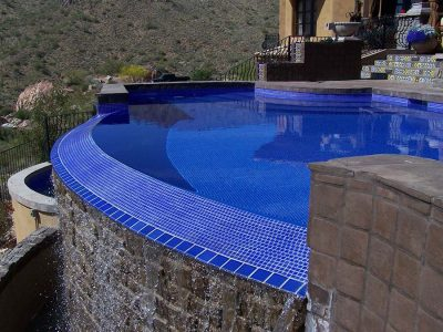 Negative Edge Pool with Brilliant Blue Tile